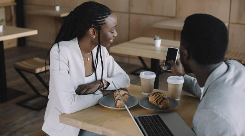 Free Wifi Near Me – 30 Places to Connect When You Are on the Go